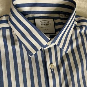 Charles Tyrwhitt Classic Fit dress shirt